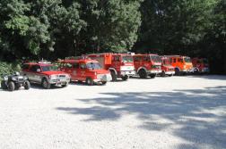 Quad és tűzoltó járművek